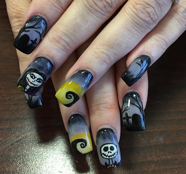 9 sets of the nightmare before christmas nails that are scary fabulous