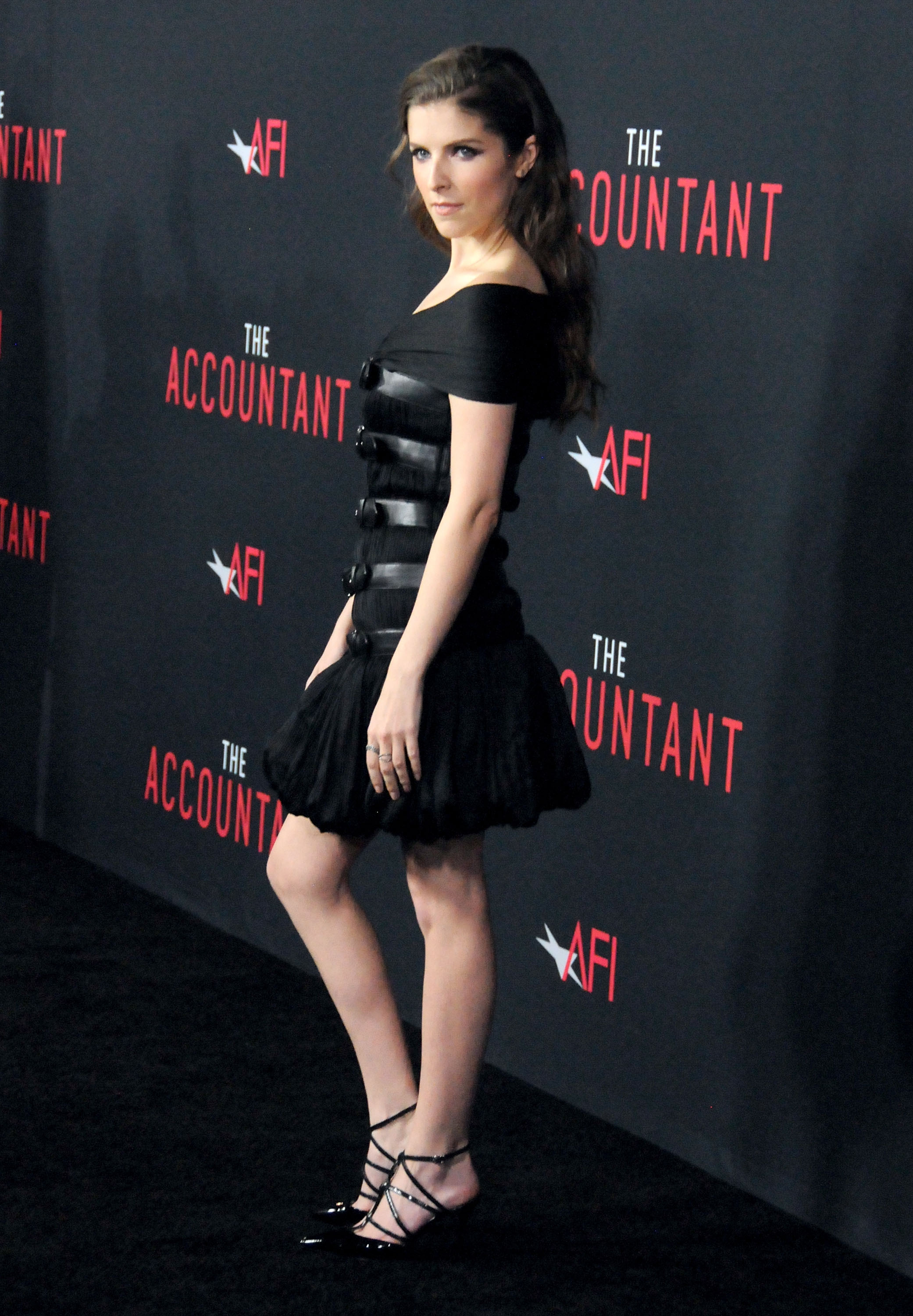 Anna Kendrick Looks Like A Goth Princess In This Little