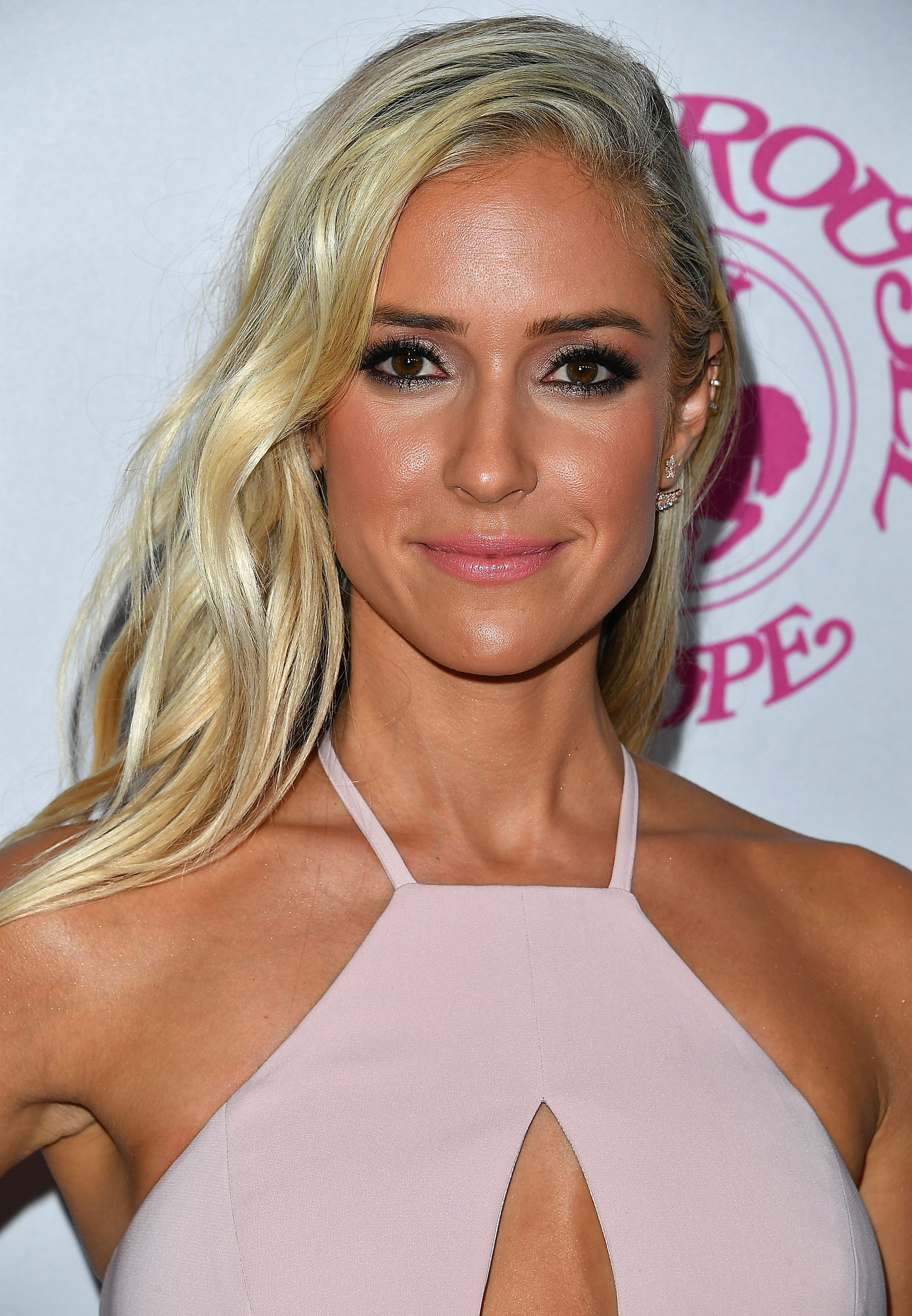 Kristin Cavallari Goes Platinum Blonde Changing Her Hair For The First Time Since Quot Laguna Beach