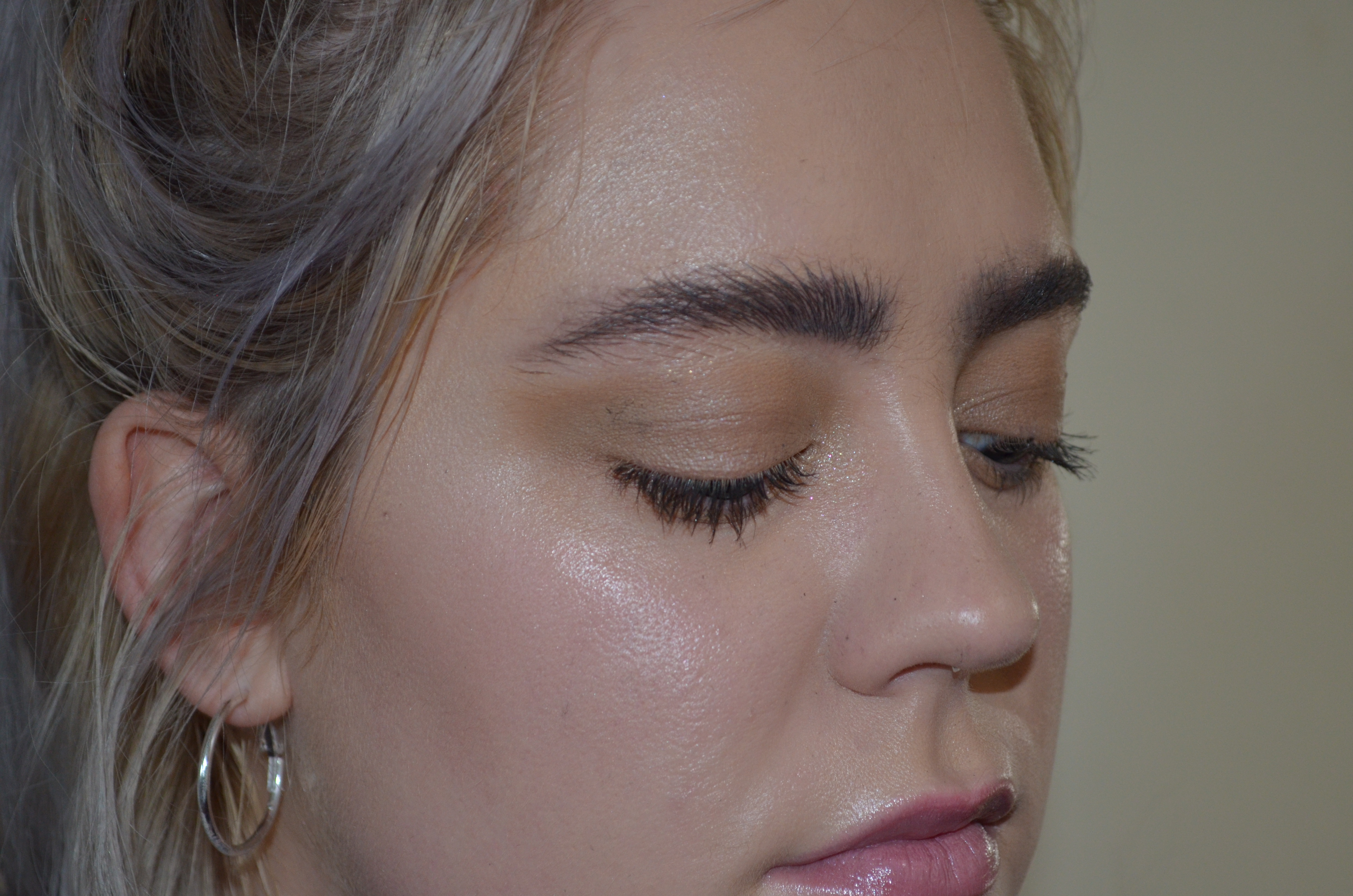 This Bushy Winter Brow Tutorial Is A Refreshing Change From Those