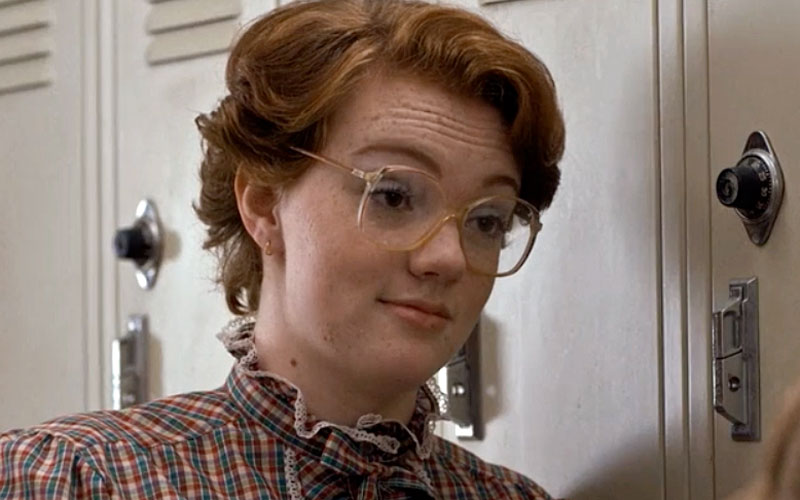 "WHOA, this woman looked EXACTLY like Barb from ""Stranger Things"" in high school and it's awesome"