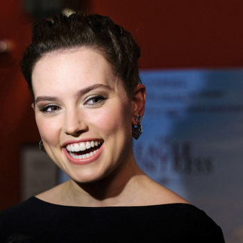 Daisy Ridley's latest dress makes her look like an elegant goddess and we're bowing down