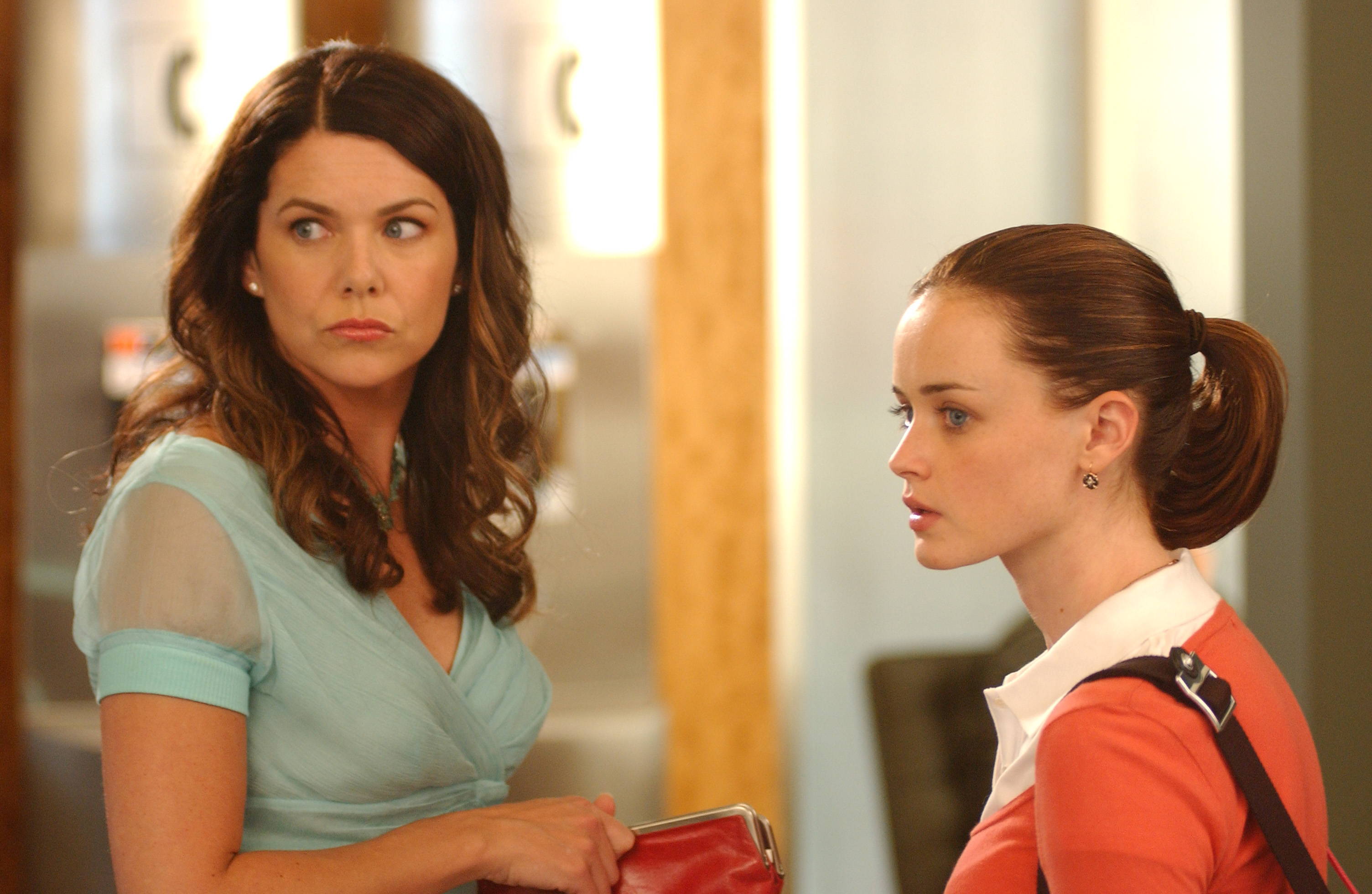"There was *one* rule everyone on the set of ""Gilmore Girls"" had to follow—or else"