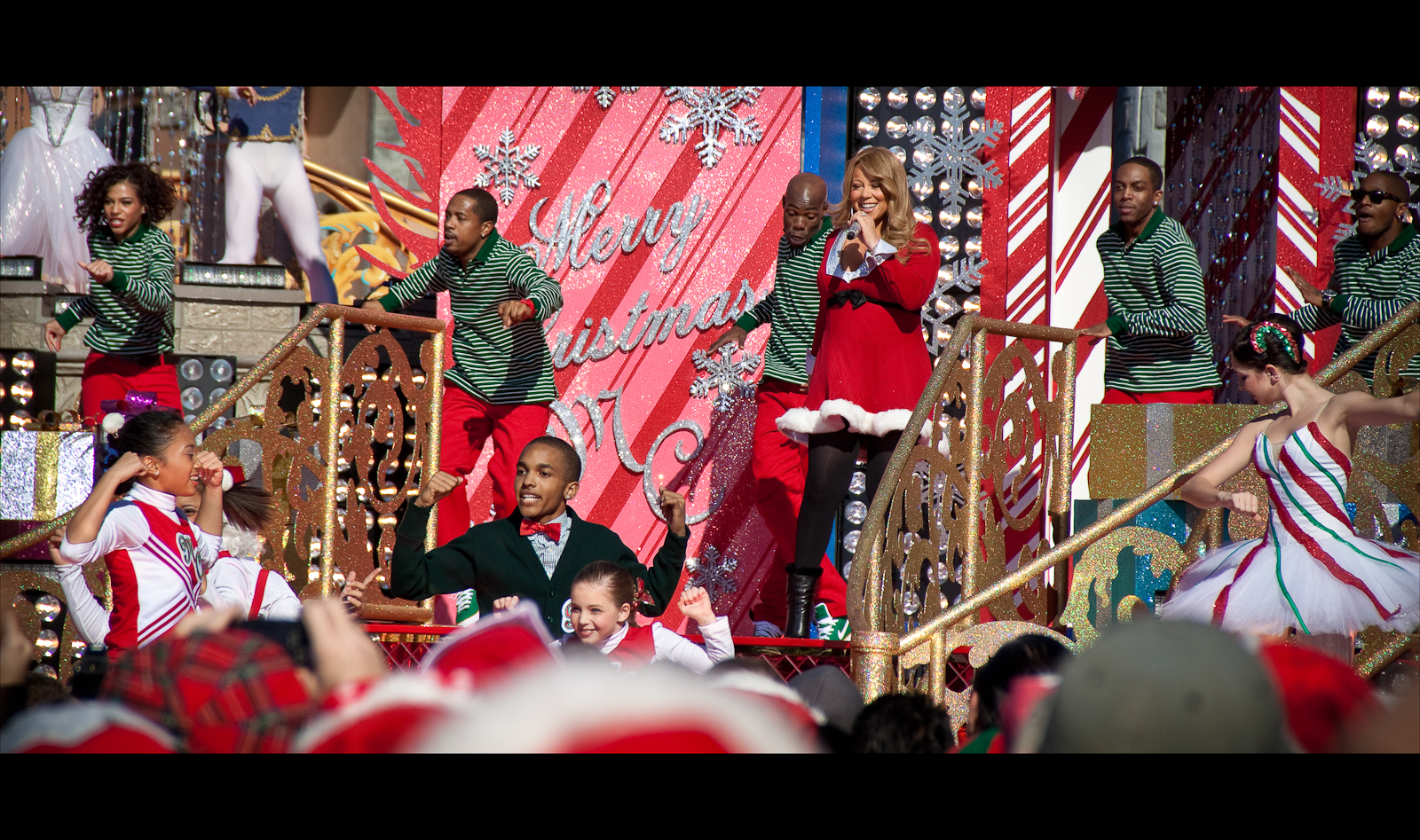 Mariah Carey singing  Oh Santa!  at Disney's Christmas Parade Taping.