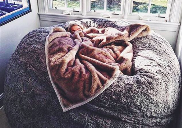Gentil This Lovesac ~pillow Chair~ Is As Big As A Bed And Youu0027ll Wait One  Immediately
