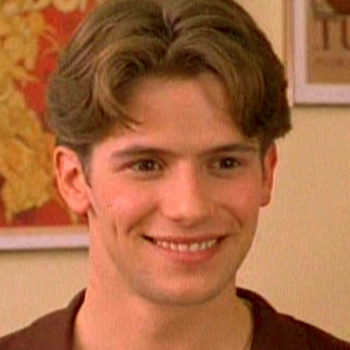 """Luca from """"The Baby-Sitters Club"""" grew up to be a seriously gorgeous man"""