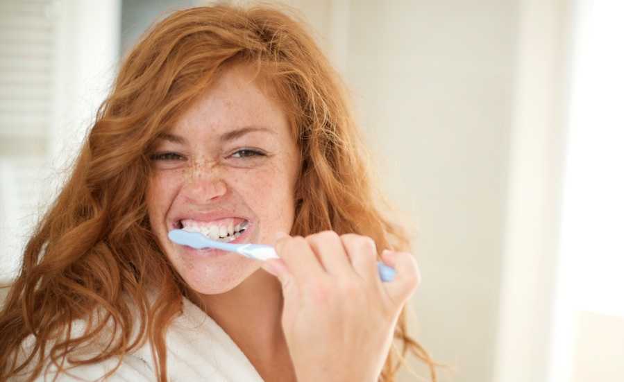 5 ways to know you haven t been brushing your teeth as well as you