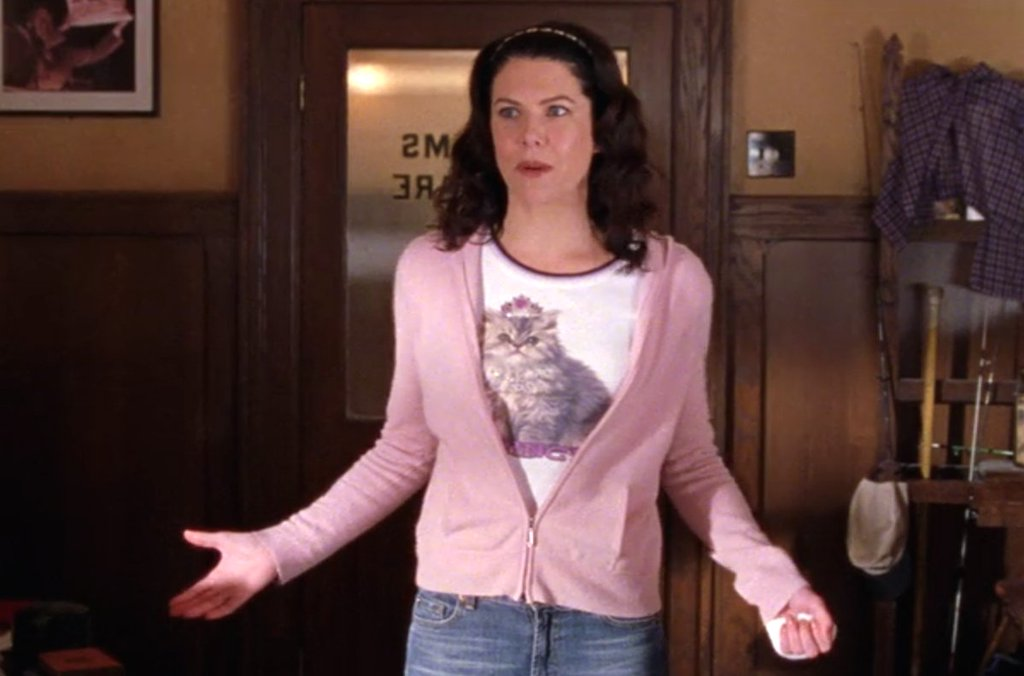f3f63c36b86a 21 times Gilmore Girls' Lorelai Gilmore was the queen of 2000s fashion