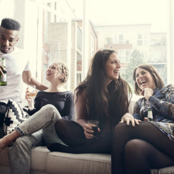 10 non-awkward ways to make friends as a 20-something