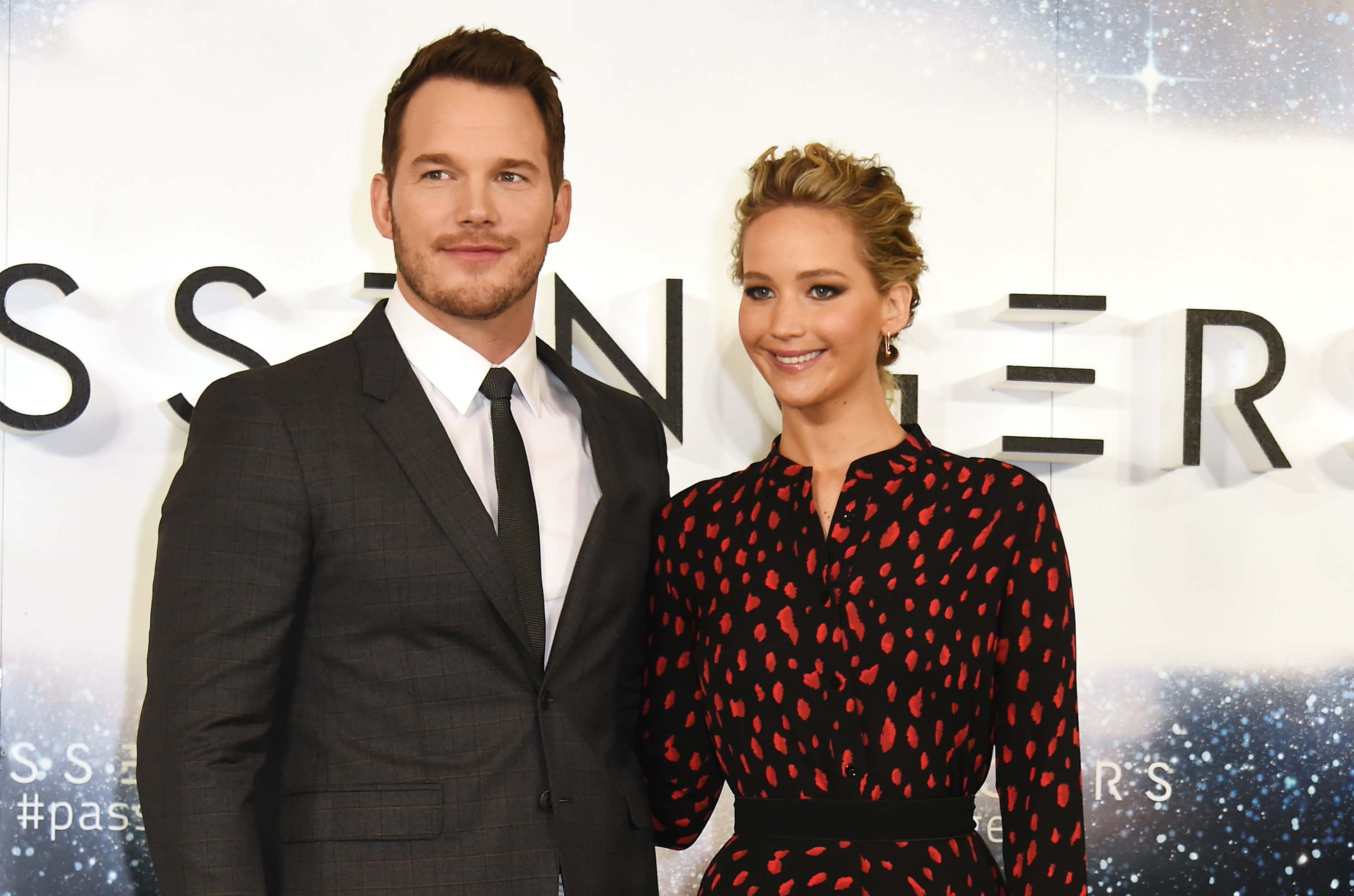 Chris Pratt and Jennifer Lawrence are having the best time ...