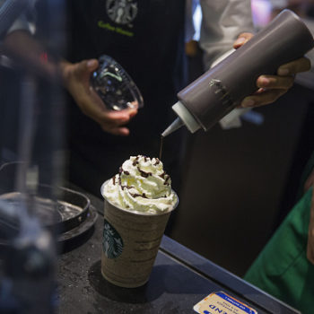 """Starbucks may be gifting us with a new """"Pokémon Go"""" drink"""