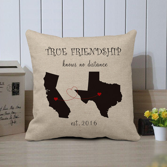 2Keep Your Friendship In Her Mind With This Pillow