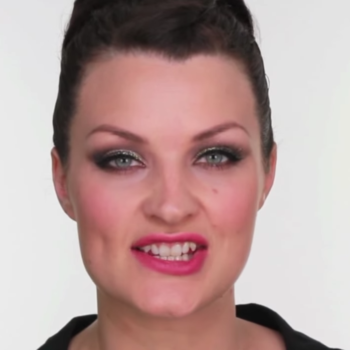 We're loving this super simple day-to-evening holiday makeup tutorial