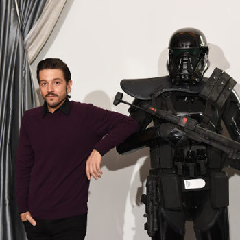 Diego Luna is oddly obsessed with Jabba the Hutt and this is a little weird