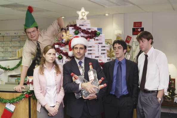 THE OFFICE -- Season 2 -- Pictured: (l-r) Rainn Wilson as Dwight Shrutte, Jenna Fischer as Pam Beesly, Steve Carell as Michael Scott, B.J. Novak as Ryan Howard, John Krasinsky as Jim Halpert -- Photo by: Paul Drinkwater/NBCU Photo Bank
