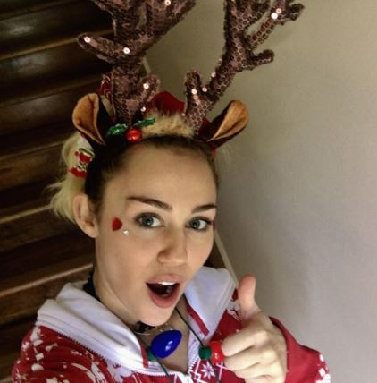 miley cyrus took to instagram to say something important about greed during christmas - Miley Cyrus Christmas