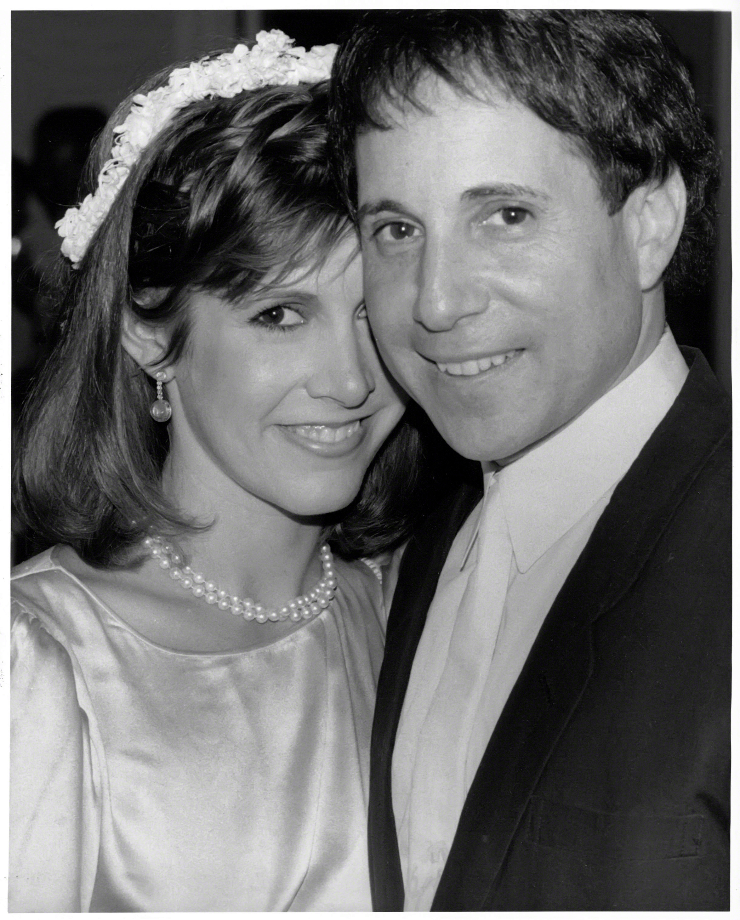 August Ames Twitter >> Paul Simon opens up about ex-wife Carrie Fisher's death, and we've got so many feels
