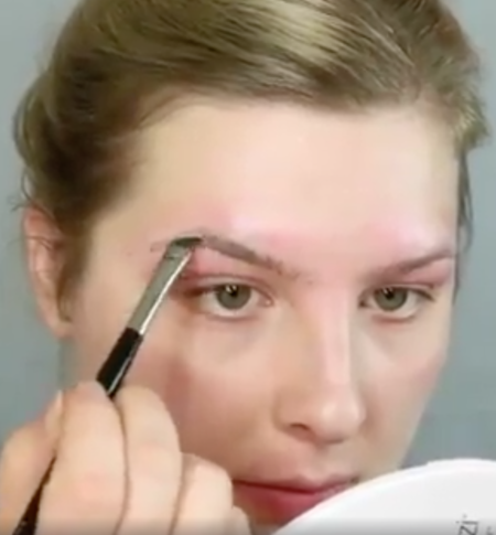 This Woman Transforms Her Eyebrows With Men S Hair Dye And