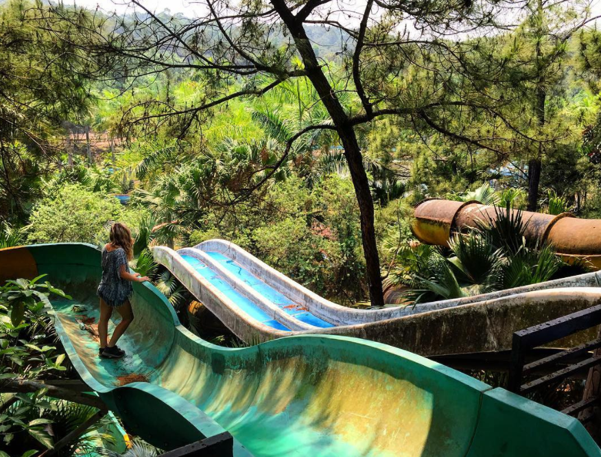 These pics from an abandoned water park in Vietnam are somehow gorgeous and creepy at the same time