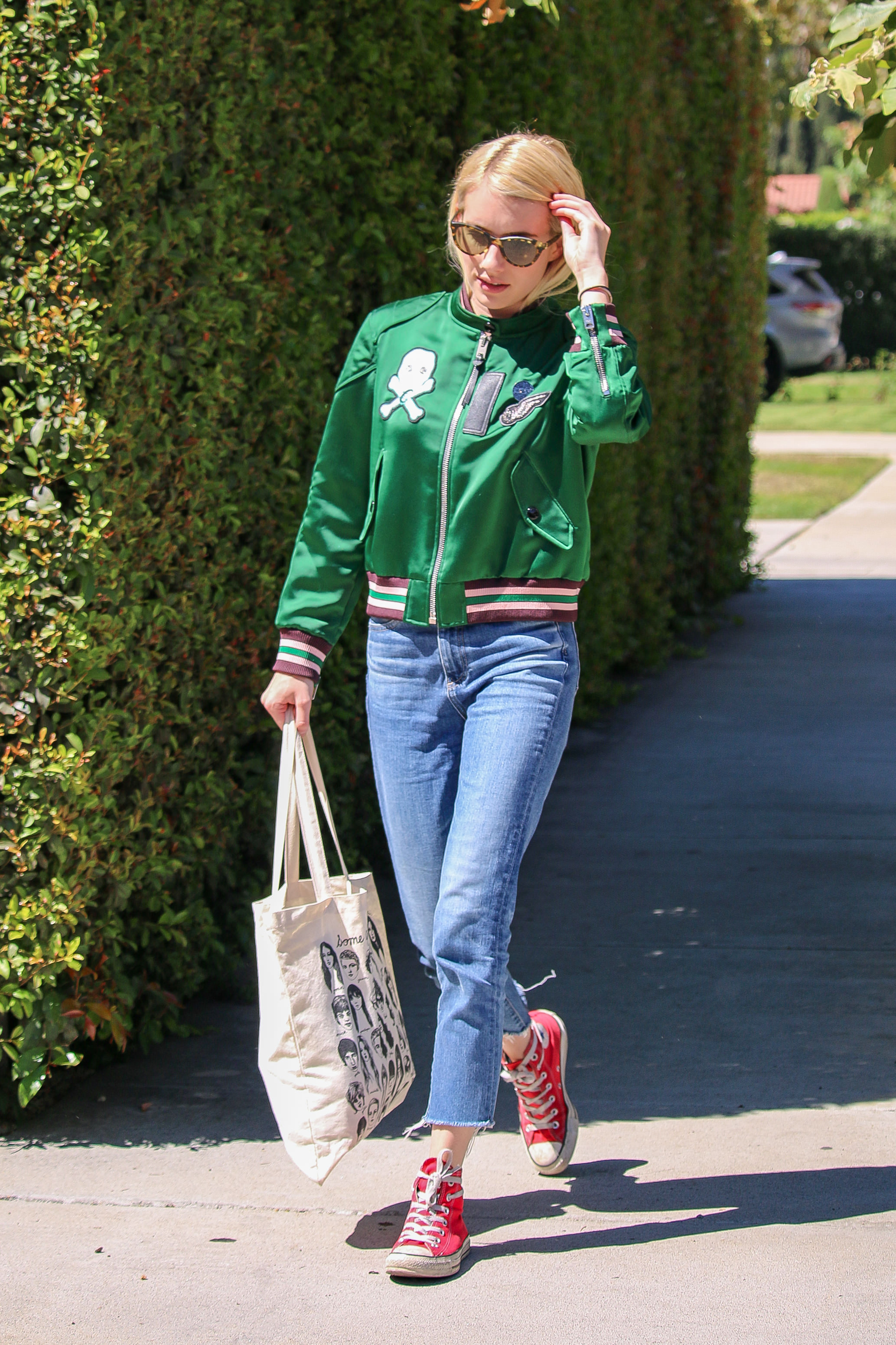 We Barely Recognized Emma Roberts In The Most Casual Of