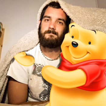 """This adorable bearded man creates art that lets him """"hang out"""" with his fave Disney characters"""