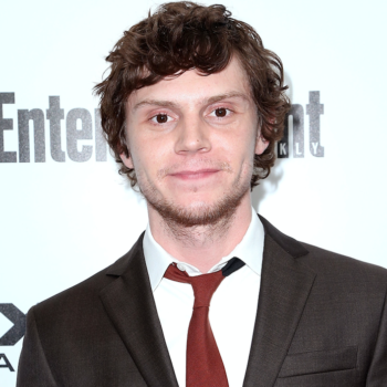 """Evan Peters was on """"The Office"""" and we totally forgot until now"""