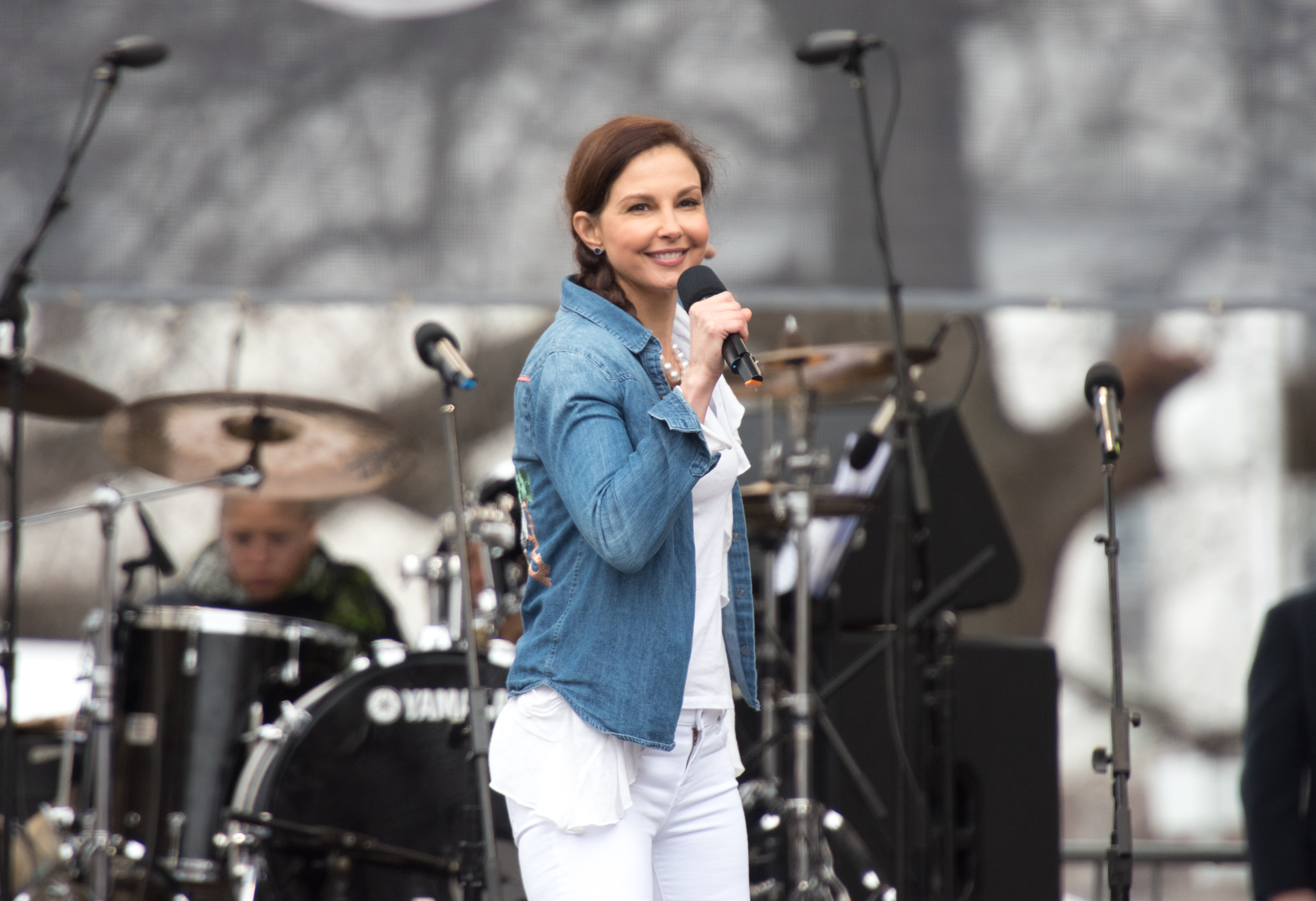 """Ashley Judd read the """"Nasty Women"""" poem at the Women's March and it will give you chills"""