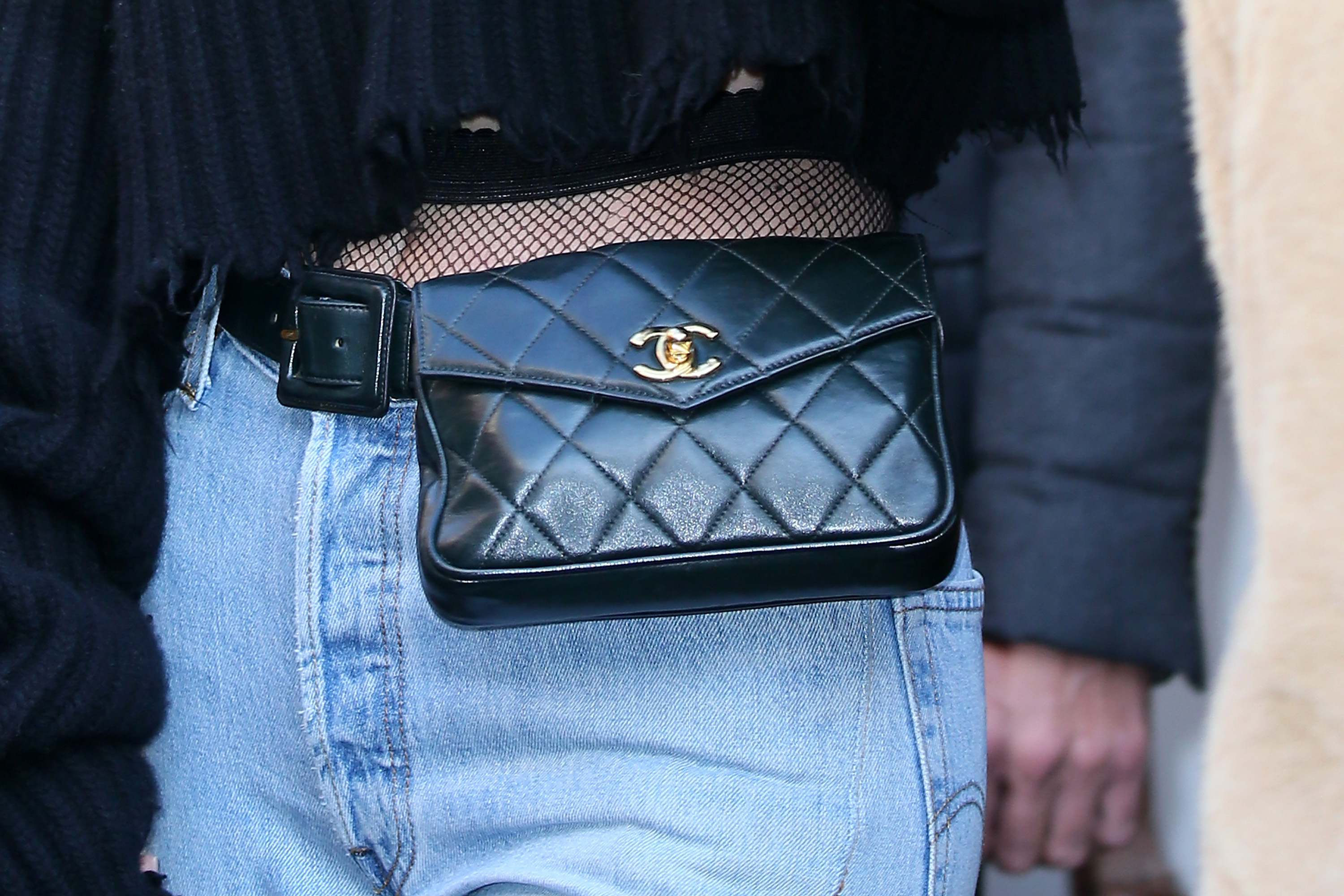 Kendall Jenner fanny pack