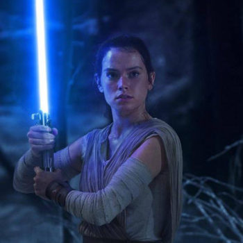 """Josh Gad *really* wants Daisy Ridley to tell him about """"Star Wars: The Last Jedi,"""" and it's hilarious"""