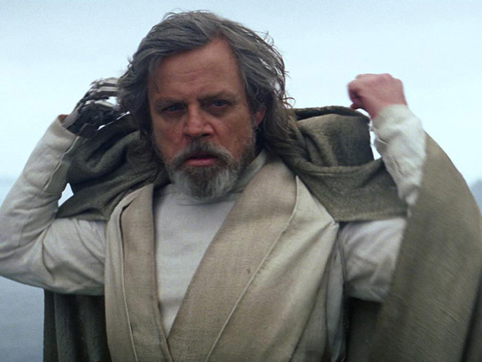 "Mark Hamill doesn't think Luke is ""The Last Jedi"" and say WHAT"