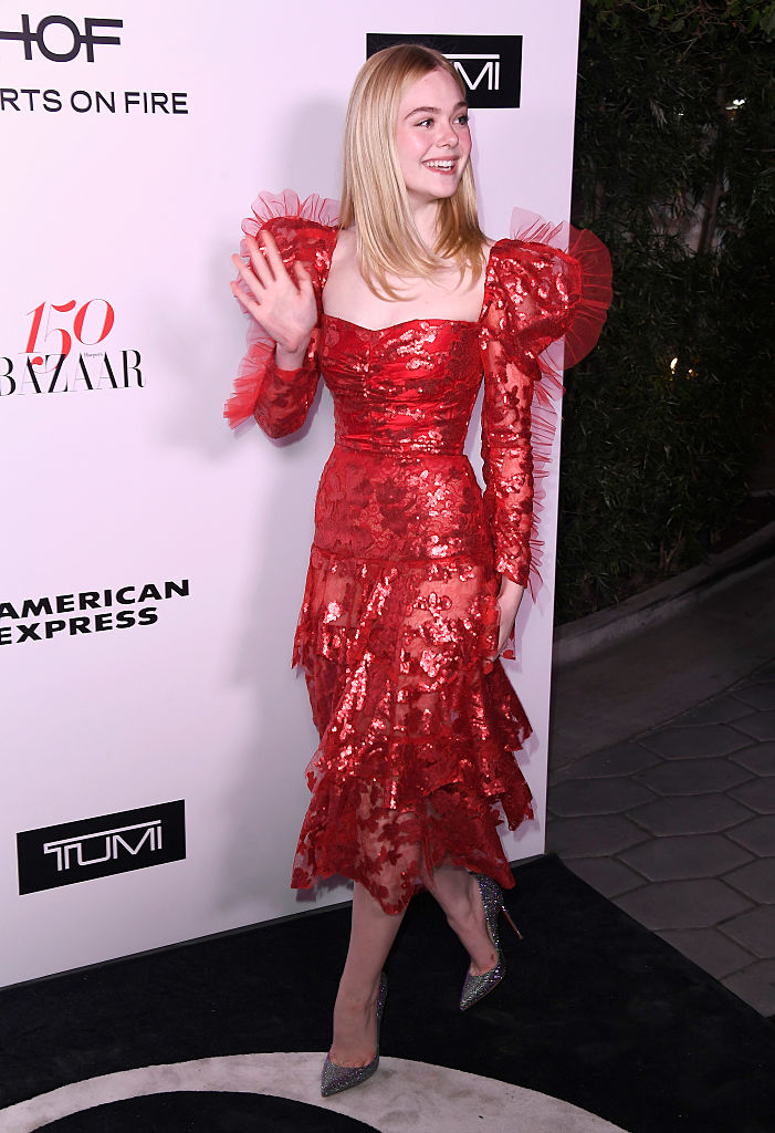 Elle Fanning S Fluffy Red Dress Looks Like A Heart And Is
