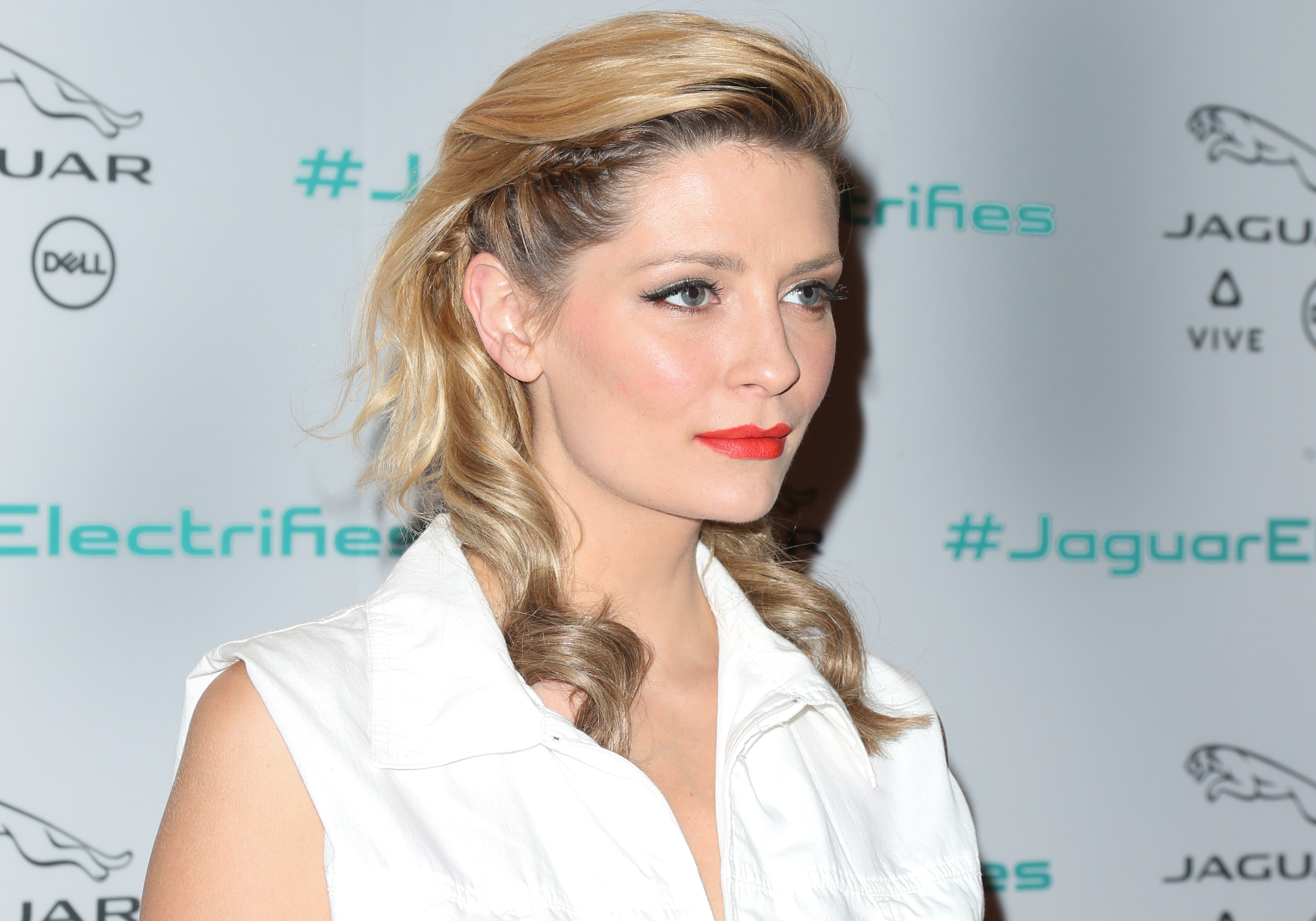 What is going on with Mischa Barton