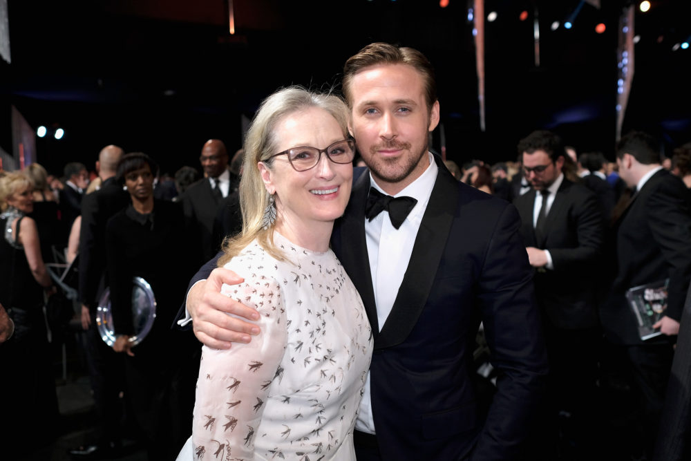 Meryl Streep helping Ryan Gosling with his bow tie is the best SAG Awards moment we definitely missed