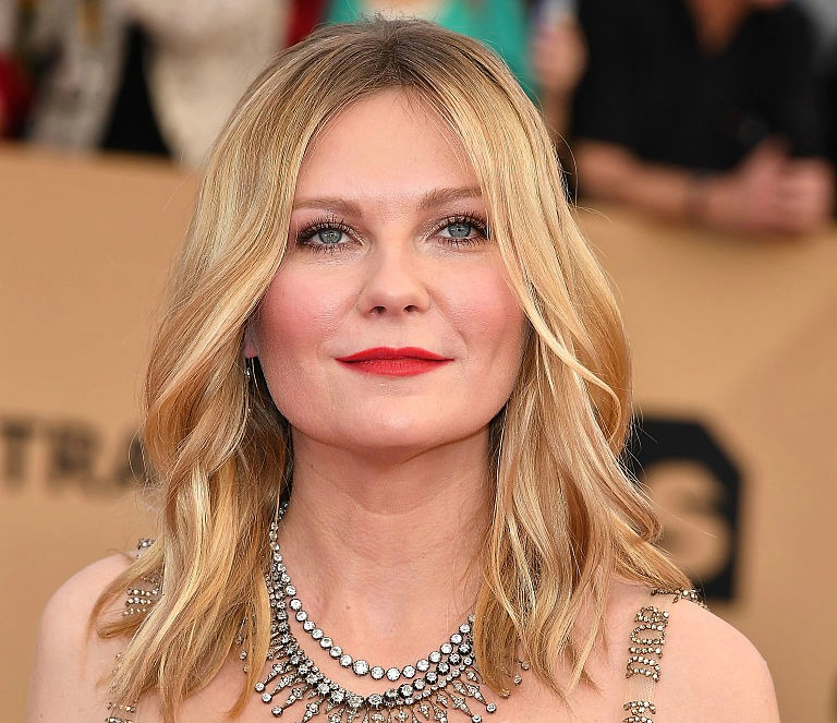 Kirsten Dunst's SAG Awards dress proves this trend is coming back for good