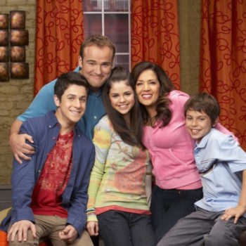 """This """"Wizards of Waverly Place"""" actor just announced he's engaged"""