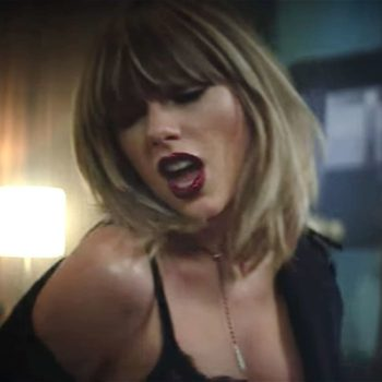 """Taylor Swift doing an acoustic version of """"I Don't Wanna Live Forever"""" is the version you never knew you needed"""