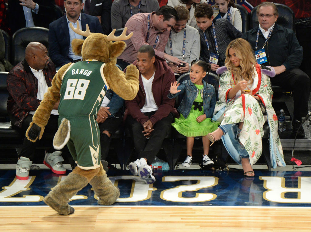 6f1b28b745b Blue Ivy wore an $1,800 Gucci dress to a damn basketball game, guys -  HelloGiggles