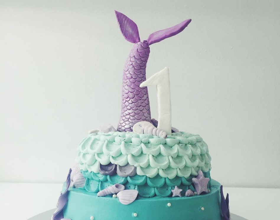 11 mermaid cakes that are our new under the sea birthday cake goals