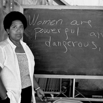 15 quotes by women writers that remind us to stay positive