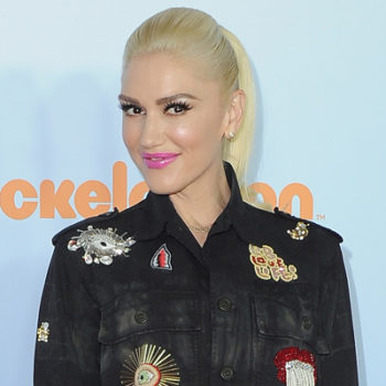 Gwen Stefani posted the most savage throwback pic of Blake Shelton ever