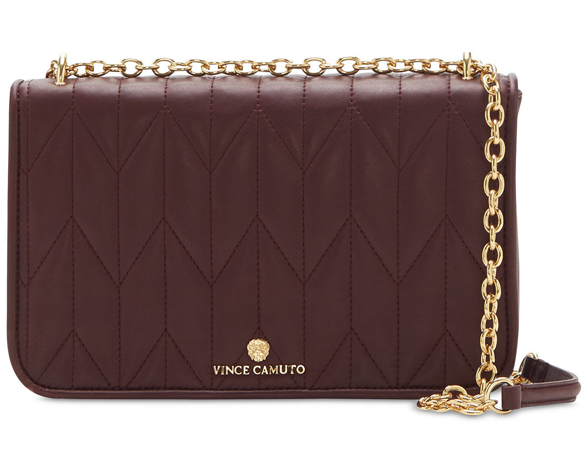 Kate Middleton S Oxblood Chanel Handbag Is The Definition