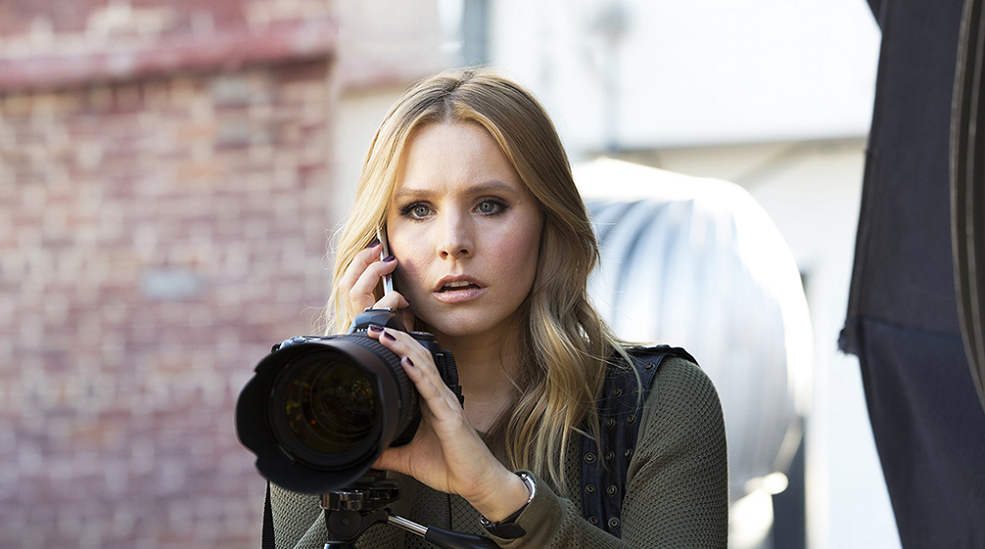"""Kristen Bell revealed the original pitch for """"Veronica ..."""