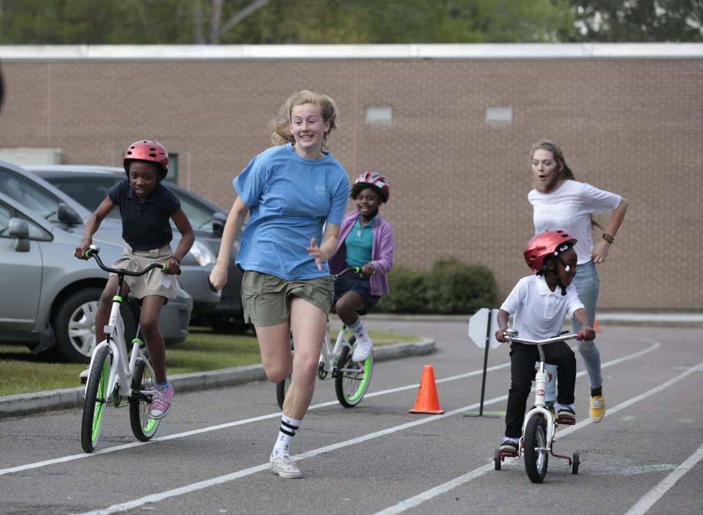 Aww alert: This elementary school teacher just bought a bike for every student at her school