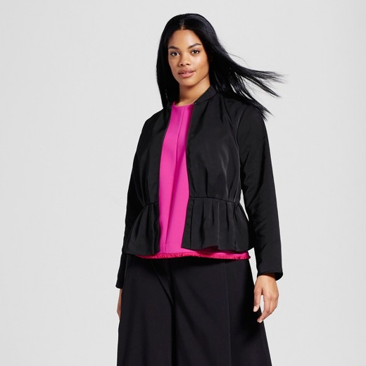 8c33da9e6b 14 plus-size pieces from Victoria Beckham x Target that will ...