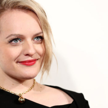 Elisabeth Moss' cheerful vintage look is bringing back this long-lost accessory trend