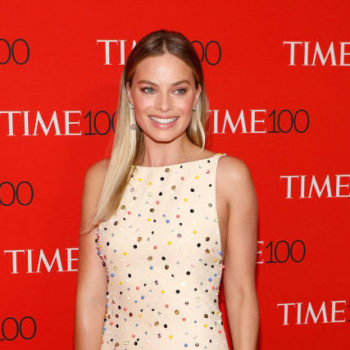 Margot Robbie's red carpet gown is one every craft queen will fawn over