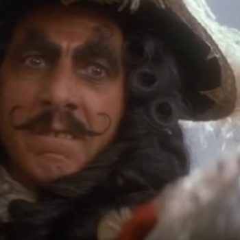 """The """"Hook"""" horror movie trailer is here to ruin all your childhood nostalgia"""