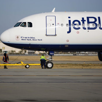 JetBlue just added the BEST perk to its Los Angeles flights, and bless