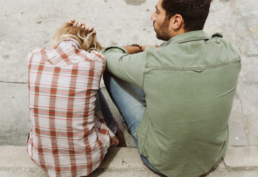 7 unexpected things that are huge red flags in a romantic relationship