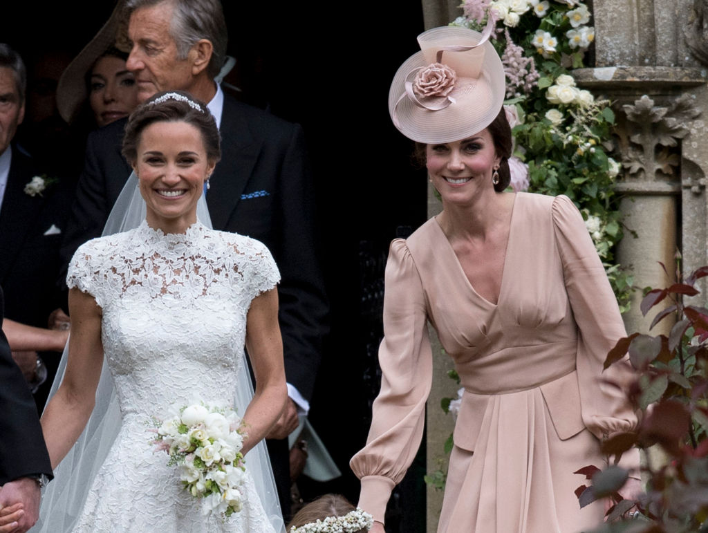 Here\'s how you can get a lace wedding dress like Pippa Middleton\'s ...